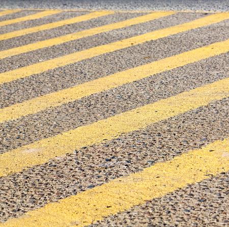pederastian cruce de la calle de asfalto y el resumen de antecedentes Foto de archivo