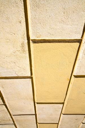 brick the in busto arsizio street lombardy italy varese abstract pavimentazione di una chiesa e marmo