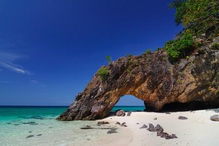 Ko Khai nature stone arch,Lipe,Thailand Banco de Imagens