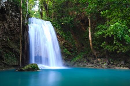 kanchanaburi: Erawan Waterfall in Kanchanaburi, Thailand
