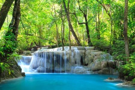 Erawan Waterfall, Kanchanaburi, Thailandia Archivio Fotografico - 10412320