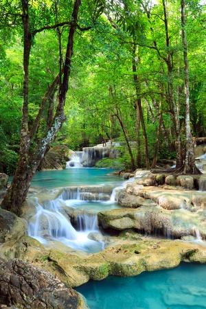 the cascade: Erawan Cascada, Kanchanaburi, Tailandia