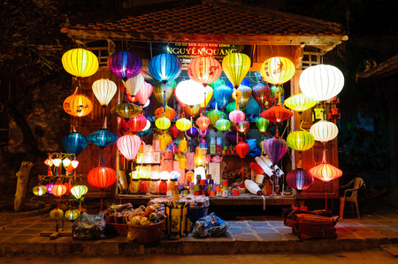 HOI AN, VIETNAM - MARCH 13  Traditional lanterns store on March 13, 2009 in Hoi An, Vietnam  Hoi an Ancient Town  is recognized as a World Heritage Site by UNESCO   Banco de Imagens - 30515499