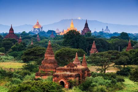 templo: Los templos de, Bagan en la noche, Mandalay, Myanmar