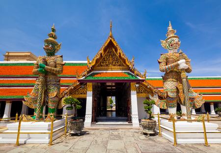 Wat phra kaew, Grand palace, Bangkok, Thailand photo