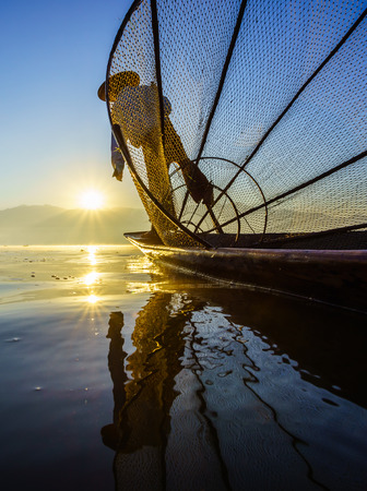 inle: Fishermen in Inle Lake at sunrise, Inle, Shan State, Myanmar