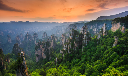 Zhangjiajie National forest park at sunset, Wulingyuan, Hunan, China Stock fotó - 82927069