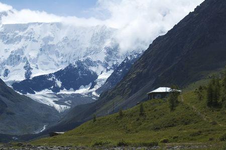 meteorological: Meteorological station at Akkem near Belukha peak - Altay