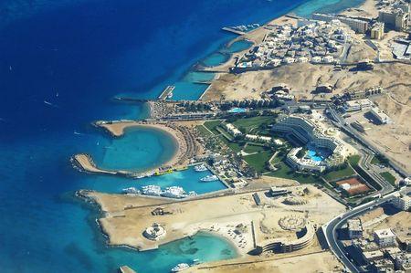 Hoteles con playas del Mar Rojo en Hurghada  Foto de archivo - 1933320