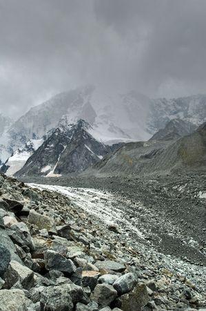 Stormy weather over Akkem glacier near Beluha, Altai Stock Photo - 4263181