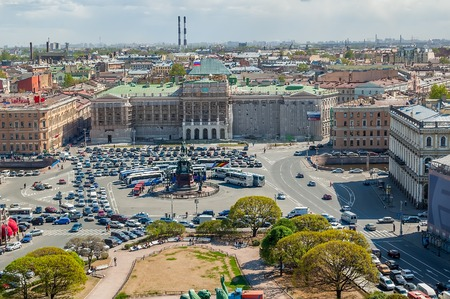 isaac s: Common view of the Mariinsky palace and monument to Nikolay I from St  Isaac s Cathedral colonnade  Saint-Petersburg  Russia