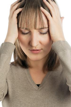 persona enferma: Retrato de joven bella mujer a tener dolores de cabeza. Foto de archivo