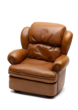 leren bank: Lederen sofa geïsoleerd op wit