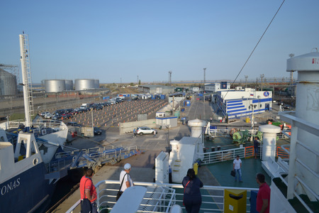 annexation: Kerch Strait, push off, the annexation of the Crimea, capture territory, mooring the ship, the ship sails away, shipping, people, freight transport, photography Strait, Black Sea, Russia
