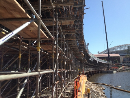 construction: New footbridge under construction, Adelaide, Australia