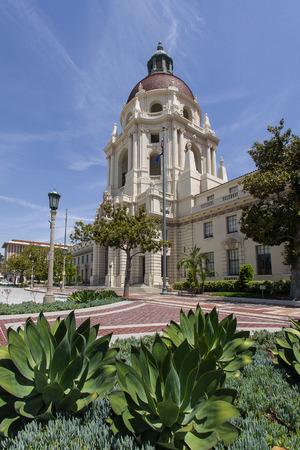 pasadena: PASADENA, USA - MAY 2015 Pasadena City Hall