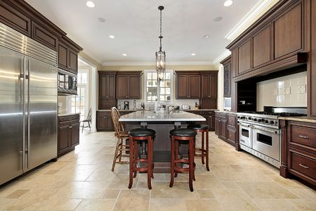 Large kitchen with island and wood cabinetry Stock Photo - 6732925