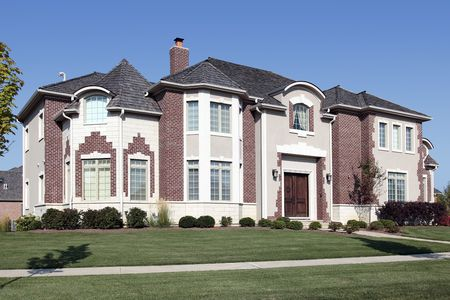 Luxury home in suburbs with cedar shake roof Stock Photo - 6761223