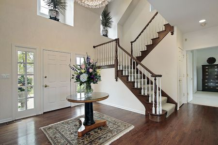 entryway: Foyer in suburban home with bedroom view