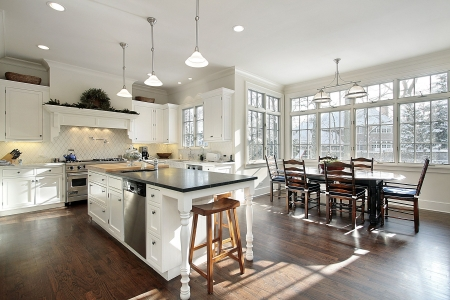 real kitchen: Kitchen in luxury home with eating area Stock Photo