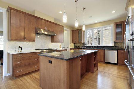新建設の花崗岩の島の家の台所 写真素材