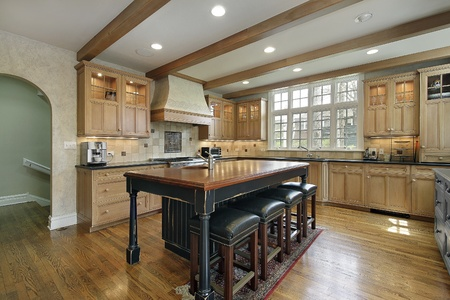 furnishings: Kitchen in luxury home with center island