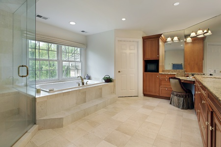 Large master bath with step up tub Stock Photo - 8792928