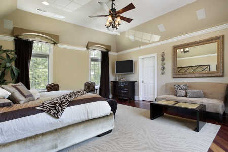 master bedroom: Master bedroom in luxury home with tray ceiling Stock Photo