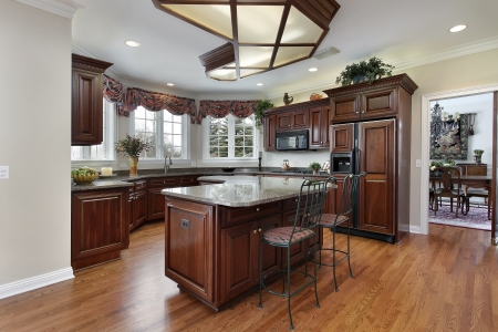 kitchen cabinet: Kitchen in contemporary home with granite counters
