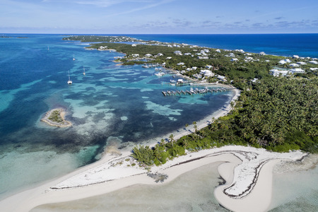 Aerial view of Tahiti Beach and Elbow Cay in Abaco, Bahamas. Reklamní fotografie