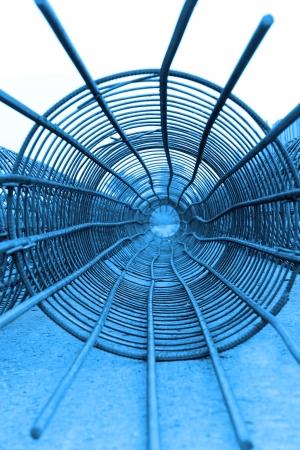 bundling: Mr. Good reinforcement cage features