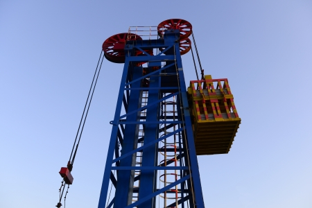 pumping unit: Tower pumping unit is working