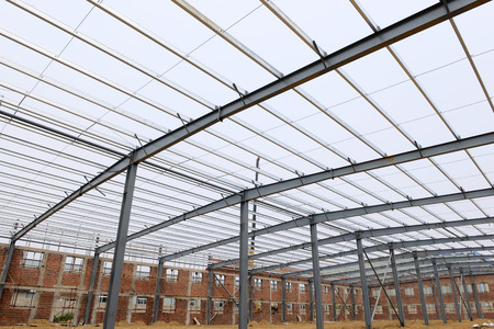 roof framework: Steel structure workshop is under construction