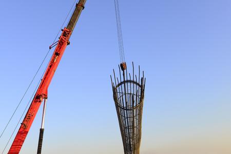 Crane hoist steel bars 版權商用圖片 - 92031363