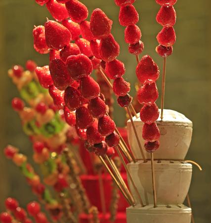 candied strawberry sticks 스톡 콘텐츠