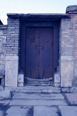 The door of the old  Stock Photo - 17168630