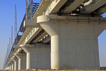 viaducts: Elevated bridge