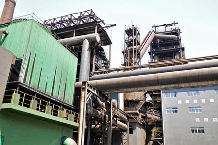 petrochemicals: Pipeline valve facilities in steel mills