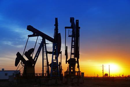 Olie-industrie apparatuur Redactioneel
