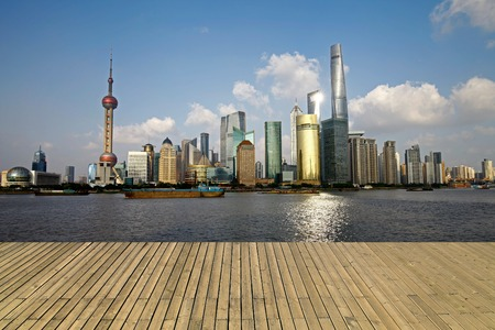 The Oriental pearl tower, Shanghai world financial center jinmao tower and the Shanghai skyline 版權商用圖片