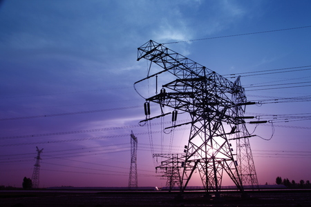 electric grid: High voltage electric tower line