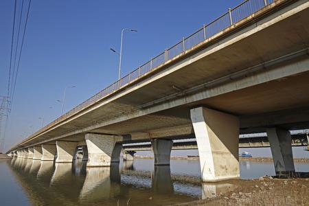 Elevated concrete bridge structure