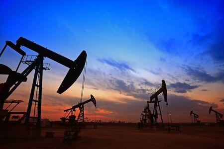La bomba de aceite, equipamiento industrial.