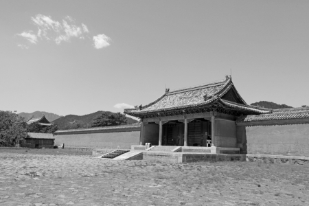 ZUNHUA - MAY 11: Ancient architecture scenery in the Eastern Royal Tombs of the Qing Dynasty on May 11, 2013, Zunhua, Hebei Province, china. Stock Photo - 21631487