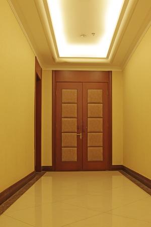 droplight: hotel corridor door, closeup of photo Archivio Fotografico