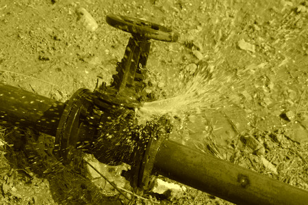 leakage: water leakage fault of metal pipe valve in a construction site