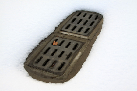 sewer: Sewer cover and snow