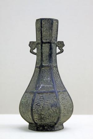 restore ancient ways: Chinese ancient bronze pot, closeup of photo Stock Photo