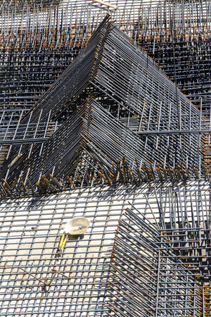 uplift: Screw thread steel bar framework, in the construction site Stock Photo