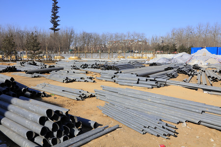 Steel building materials in the construction site Фото со стока - 61372681